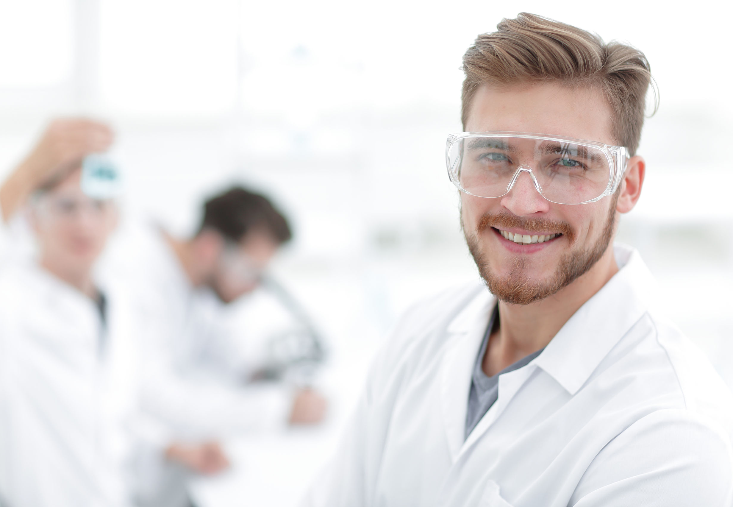 Use automated flash column chromatography systems to free up time to enjoy researching new chemistries